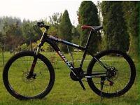 black 2016 Giant Mountain bike NEW boxed 26inch Medium Size