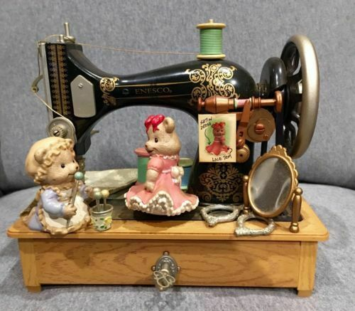 RARE ENESCO Sewing Machine Teddy Bears Multi-Action Music Box IN BOX
