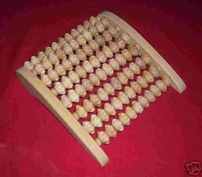 1 Massageroller,  mit 8 Holzwalzen Massage Gerät  Füsse sehr stabil