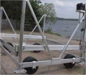 Used FLOE 4,600lb Electric Boat Lift
