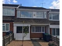 FURNISHED 2 DOUBLE BEDROOM HOUSE - HATTON CROSS! BUS ROUTE TO AIRPORT!!