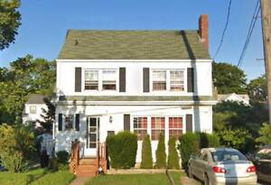 Sublet:Master Bed in 3 bdrm house-AVAILABLE DEC. 1