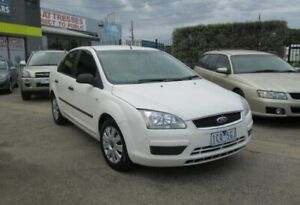 2006 Ford Focus LS CL White 4 Speed Automatic Sedan Epping Whittlesea Area Preview