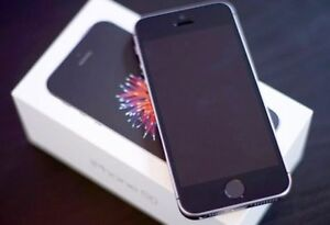Excellent Condition iPhone SE with Box and everything