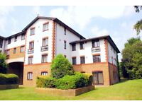 Well Presented Modern Tow Bedrooms Flat with Parking,located in Lampton Road,Hounslow
