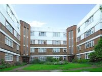 Lovely very spacious one bedroom second floor flat with balcony in Tooting Bec, SW17