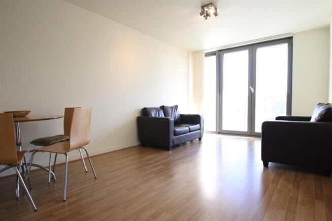*** TWO BEDROOM FLAT AVAILABLE TO RENT IN STRATFORD - CALL NOW TO ARRANGE A VIEWING