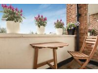 Bright and Spacious 3 Bed Flat, Barnes, SW13, Adjacent to Barnes Primary