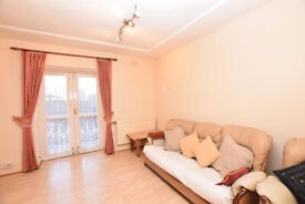 Gorgeous 4 Bed Flat in Islington, N1