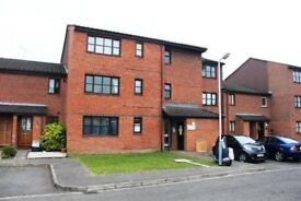 A WELL PRESENTED STUDIO APARTMENT LOCATED WITHIN EASY ACCESS TO HEATHROW AND STOCKLEY PARK