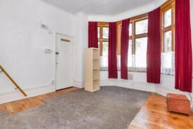 Studio flat NEW 999 year lease - REDUCED ***