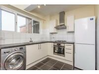 Recently refurbished 3 DOUBLE BEDROOM flat 5 mins by walk from WHITECHAPEL station. E1