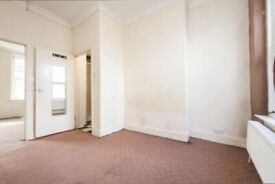 One bed Flat to rent in Ilford, Manor Park E12 5JT
