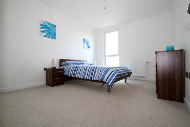 1 BEDROOM FLAT FOR RENT, PRIVATE BALCONY, OPAL COURT, STRATFORD HIGH St, E15