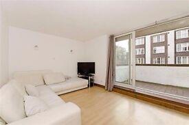 3 bedroom flat - Queensway, W2 - Recently Refurbished / Furnished / Balcony