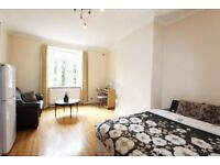 Bright & Airy 3 Bedroom Modern Flat With No Lounge Located In Hendon, NW4.