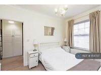 3 bedroom house in Hawks Road, Kingston Upon Thames, KT1 (3 bed)