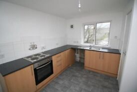 3 BEDROOM FLAT AVAILABLE TODAY LINWOOD- UNFURNISHED OR FURNISHED!!!!