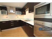 1 bedroom flat in Gallions Reach, London, E16 (1 bed)