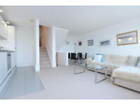 Stunning 2 bed flat by the river in Surrey Quays ideal for sharers!