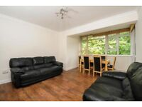 Very Spacious 3 Bedroom Ground Floor Flat Newly Refurbished on Smithwood Close, Southfield £1,850