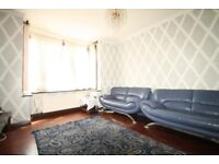 Stunning large furnished Single room available for Single VEGETARIANS /WEMBLEY PARK-£450/Month