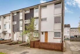 Cumbernauld - 4 bedrooms large townhouse for long term let...
