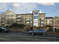 2 BED PLATINUM APARTMENT IN WEST READING, DOUBLE BEDROOMS, BATHROOM, BALCONY, LOUNGE/KITCHEN