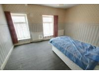 3 bedroom flat/3 bedrooms individually