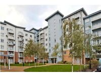 2 Bedroom 2 bathroom flat to rent on Foundry Court, Slough, £1050pcm, Available Now with parking !