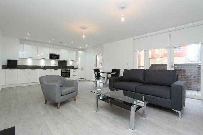 LUXURY 1 BED REDWOOD PARK SE16 CANADA WATER SURREY QUAYS ROTHERHITHE CANARY WHARF BERMONDSEY