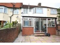Stunning Large Double room available to rent at GREENFORD - £700 - £800 PCM