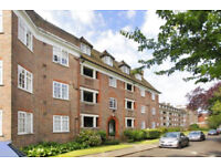 Lovely two bedroom flat in Hampstead Garden Suburb North London