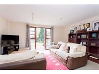 Beautiful three bedroom house in Ilford on buttsbury Road. PART DSS ACCEPTED