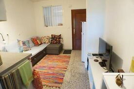 Andalucia, Fuengirola near Malaga 1 bed bijoux apartment for sale, cheap to run, excellent location