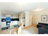 Price reduction!!!Great size 1 bedroom apartment next to Paddington Station.