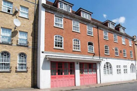 Rotherhithe SE16. *AVAIL NOW* Stylish and Refurbished 2 Bed Furnished Flat in Converted Fire Station