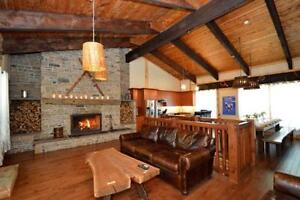 9 Bed Luxury Chalet Blue Mountain - Private Beach