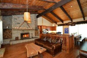 9 Bed Blue Mountain Tyrolean Chalet with Hot Tub - Sleeps 20