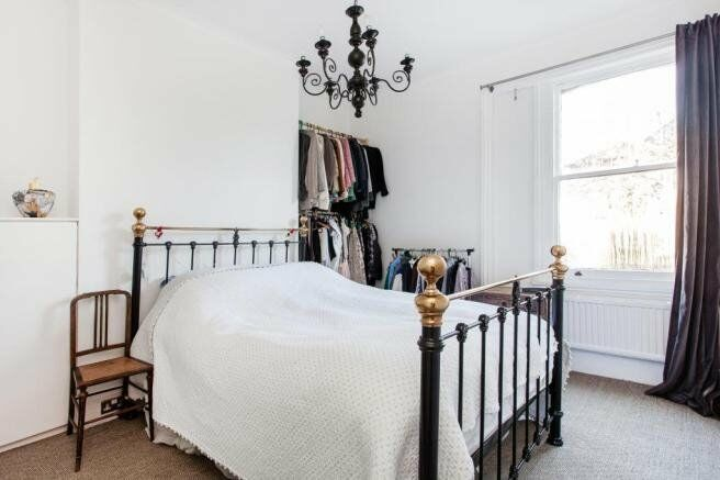 Stylish 1 Bedroom Flat to Rent Minutes from Finsbury Park Underground