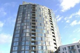FULLY furnitured 2 bed, 2 bath, balcony new build apartment - close to both major Croydon stations