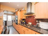 Fantastic 3 Bedroom Terraced House on Collingwood Road SM1, close to Sutton Station