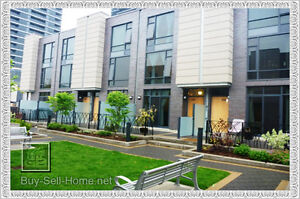 Ultra Modern Executive Condo Town Home. Do Not Miss Out!