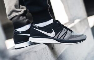 LOOKING FOR FLYKNIT TRAINER OREO