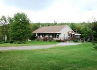 New Price! A Nature Lovers Paradise on the Kingston Peninsula!