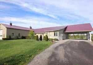 Home+Warehouse.4500sq3x600V400A.Natural gas.5.96Acr,Lease.Sell Peterborough Peterborough Area image 4
