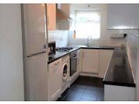2 bedroom flat in Lynton Road, Harrow, HA2