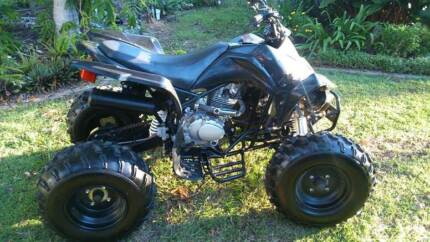 Quad bike 250 cc 4 speed manual with reverse. Mango Hill Pine Rivers Area Preview