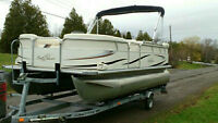 2009 SMOKER CRAFT 2085 SUN CHASER PONTOON PACKAGE