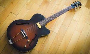 Guitare Yamaha AEX500 acoustique/electrique jazz folk guitar